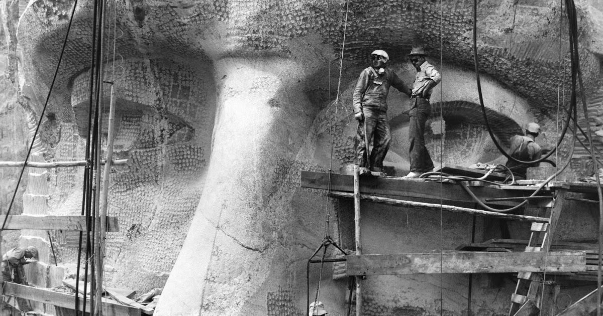 Mount Rushmore under construction
